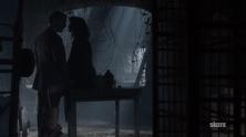 Outlander-Frank-Claire-Castle-Leoch